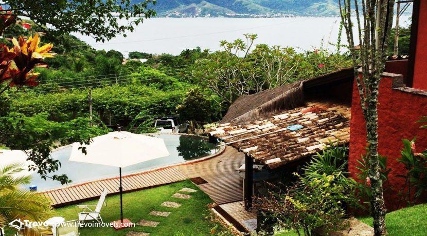 Casa-charmosa-em-condomínio-fechado-em-Ilhabela10