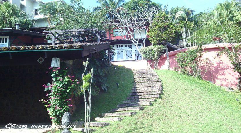 Casa-charmosa-em-condomínio-fechado-em-Ilhabela5