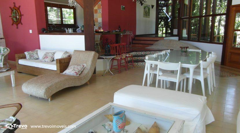 Casa-em-condomínio-fechado-com-acesso-ao-mar13