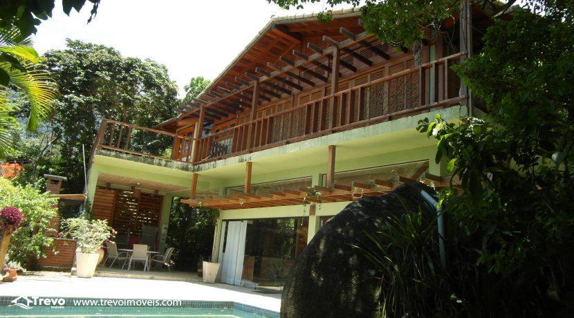 Casa-em-condomínio-fechado-com-acesso-ao-mar23