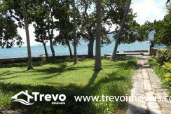 Casa na costeira em Ilhabela