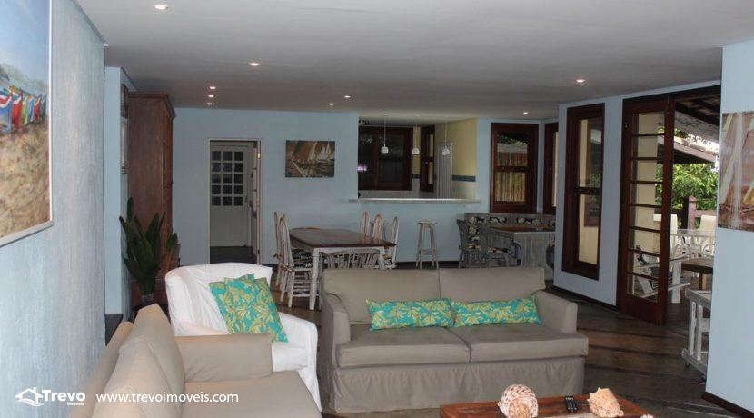 Linda-casa-costeira-com-pier-em-Ilhabela15
