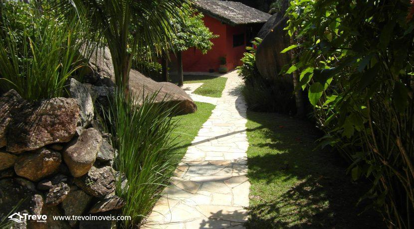 Casa-a-venda-no-centro-de-Ilhabela31