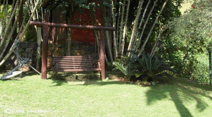 Casa-a-venda-no-centro-de-Ilhabela6