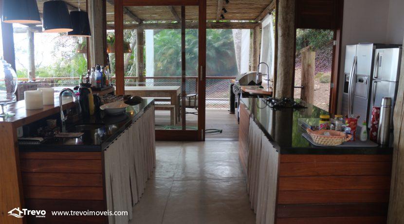Casa-muito-linda-em-condomínio-fechado-em-Ilhabela33
