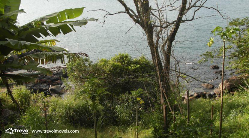 Lindo-terreno-para-incorporação-em-Ilhabela21