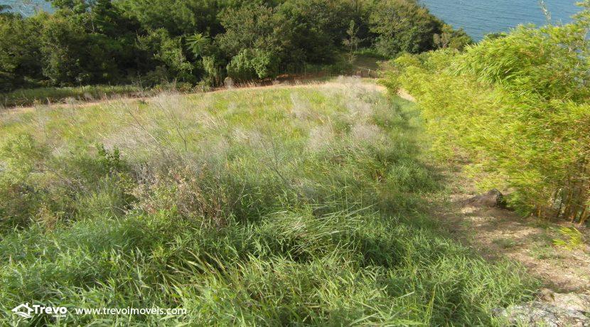 Lindo-terreno-para-incorporação-em-Ilhabela8