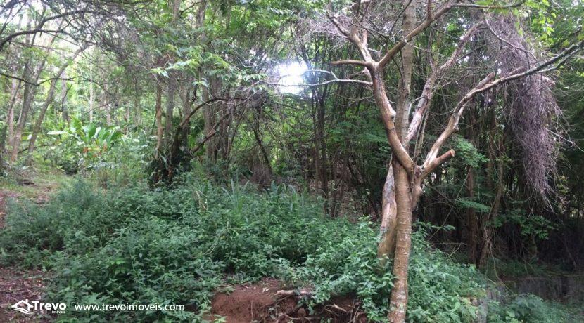 Terreno-a-venda-em-Ilhabela-local-privilegiado2