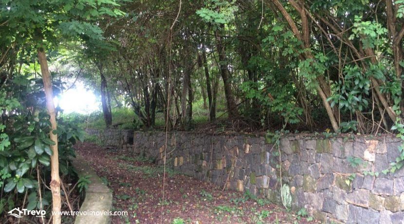 Terreno-a-venda-em-Ilhabela-local-privilegiado4