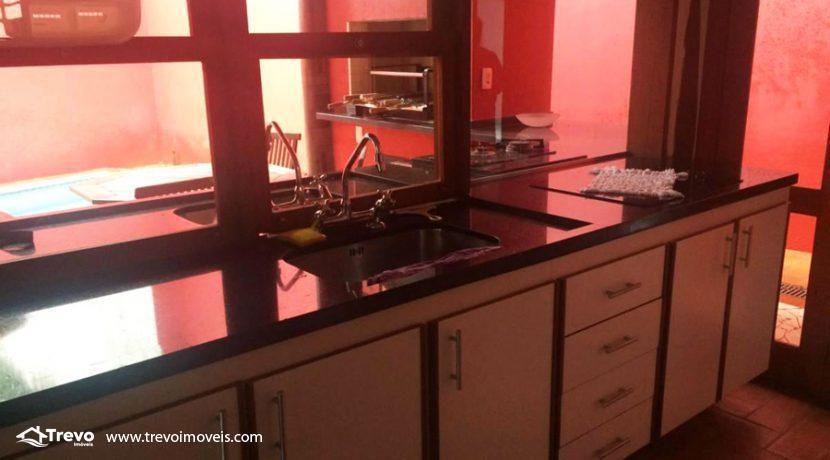 Casa-a-venda-em-Ilhabela-na-vila12