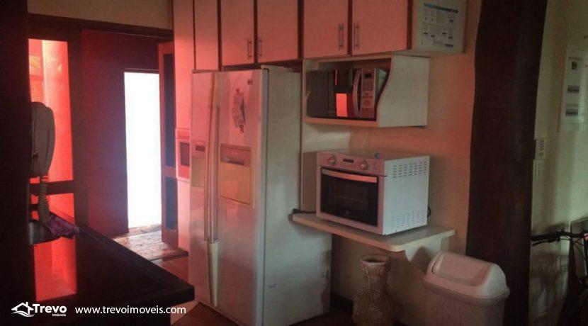Casa-a-venda-em-Ilhabela-na-vila13