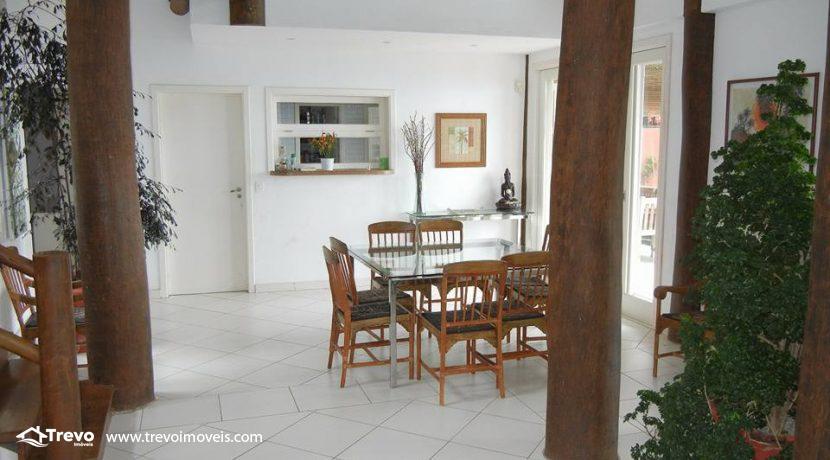 Casa-de-alto-padrão-a-venda-em-Ilhabela1