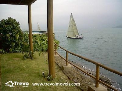 Casa-a-venda-na-costeira-em-Ilhabela-21