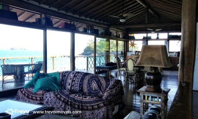 Casa-a-venda-na-costeira-em-Ilhabela-3