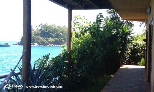Casa-a-venda-na-costeira-em-Ilhabela-33
