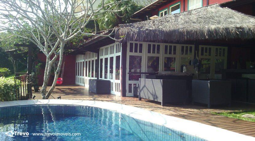 Casa-charmosa-em-condomínio-fechado-em-Ilhabela1