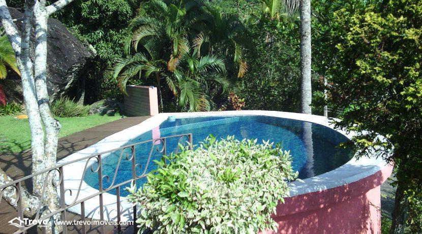 Casa-charmosa-em-condomínio-fechado-em-Ilhabela2