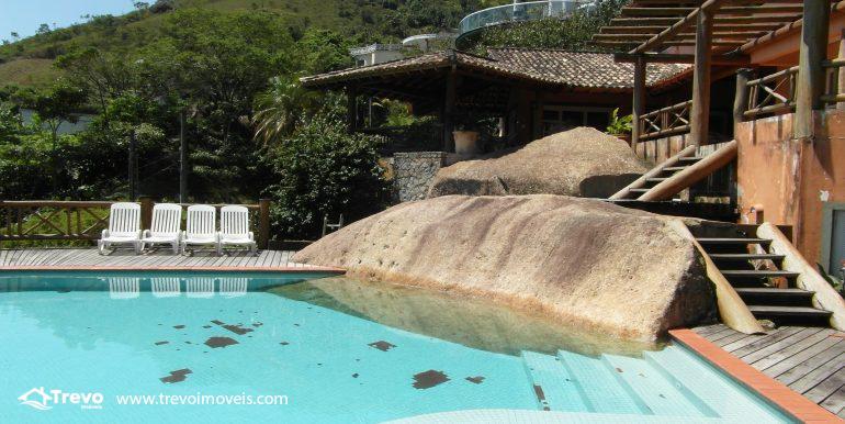 Linda-casa-em-condomínio-com-vista para-o-mar-em-Ilhabela13