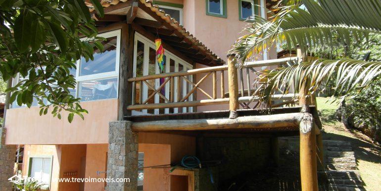 Linda-casa-em-condomínio-com-vista para-o-mar-em-Ilhabela15