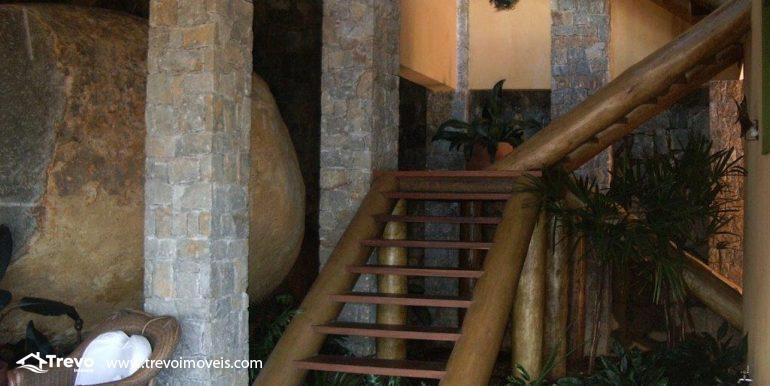 Linda-casa-em-condomínio-com-vista para-o-mar-em-Ilhabela18