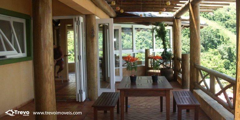 Linda-casa-em-condomínio-com-vista para-o-mar-em-Ilhabela21