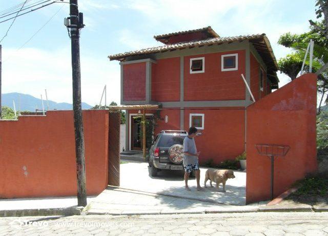 Casa-charmosa-com-vista-para-o-mar-em-Ilhabela11