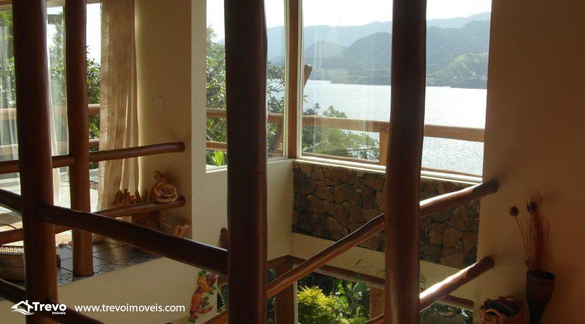 Casa charmosa com vista para o mar11