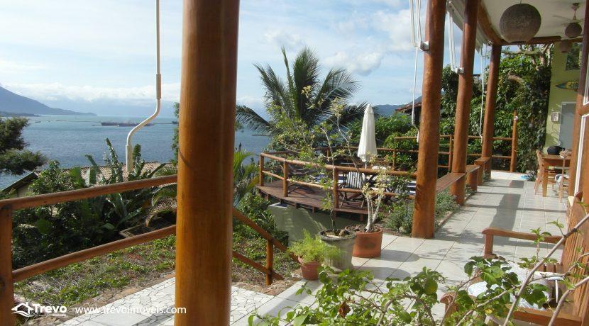 Casa charmosa com vista para o mar30