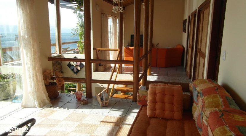 Casa charmosa com vista para o mar4