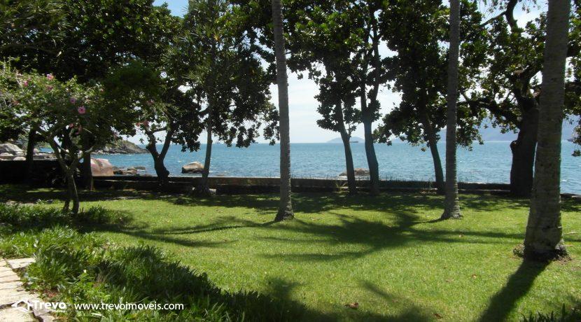 Casa na costeira em Ilhabela3