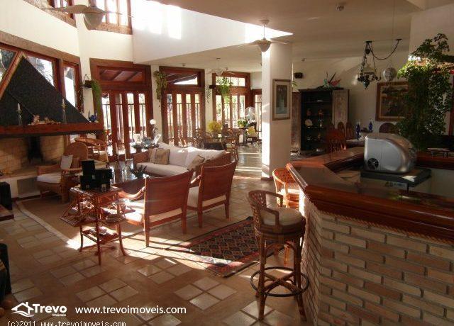 Casa a venda em Ilhabela,perto do centro10
