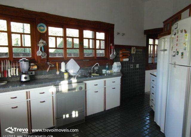 Casa a venda em Ilhabela,perto do centro7