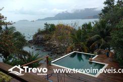 Casa-a-venda-frente-ao-mar-na-costeira-em-Ilhabela12