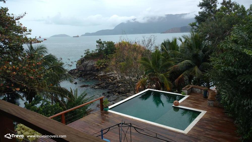 Casa a venda frente ao mar,na costeira em Ilhabela