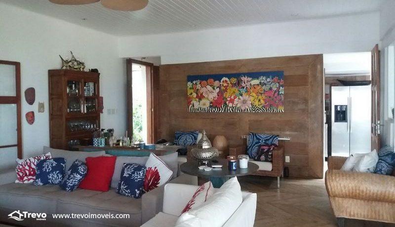 Casa-a-venda-frente-ao-mar-na-costeira-em-Ilhabela4