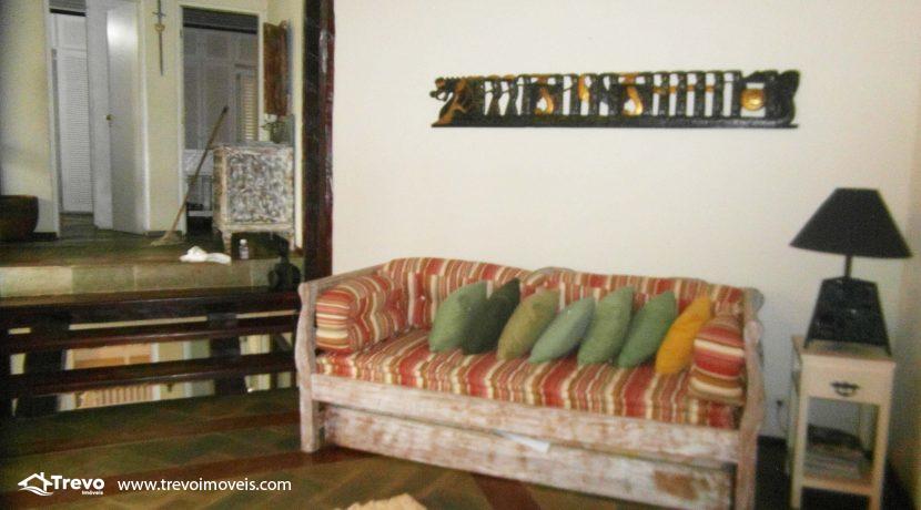 Linda-casa-a-venda-em-condomínio-fechado-em-Ilhabela17