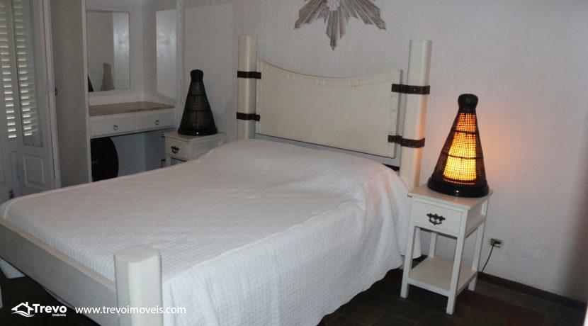 Linda-casa-a-venda-em-condomínio-fechado-em-Ilhabela37