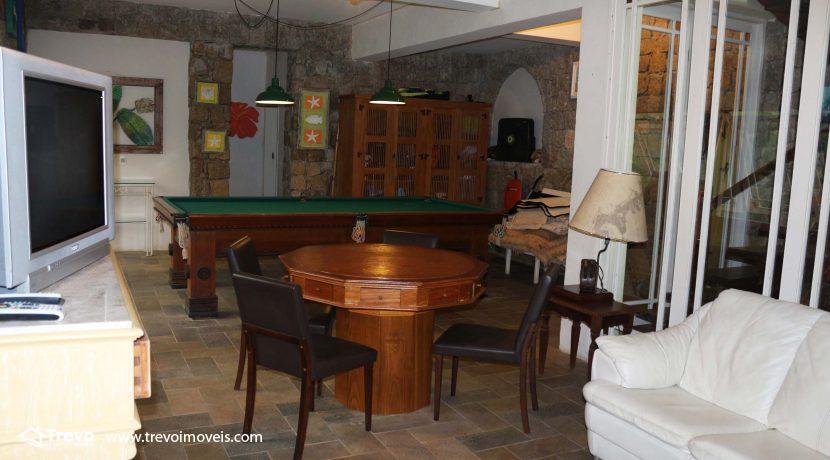 Linda-casa-a-venda-em-condomínio-fechado-em-Ilhabela41