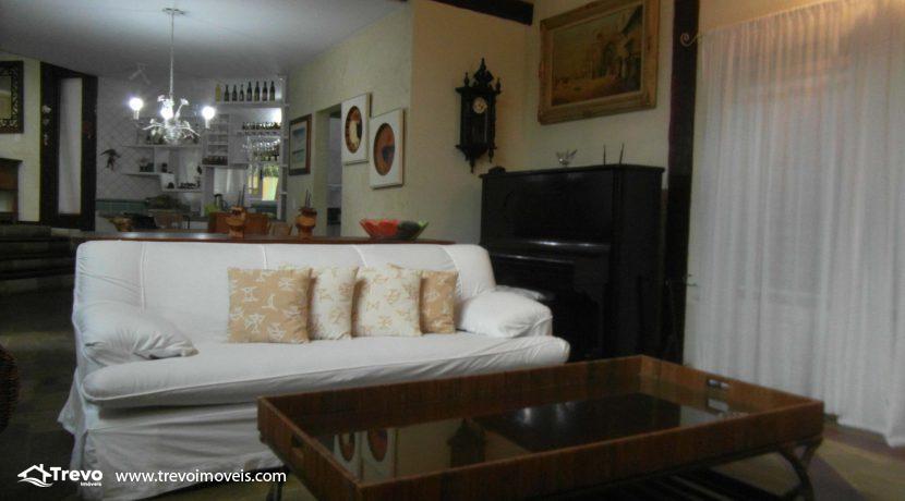 Linda-casa-a-venda-em-condomínio-fechado-em-Ilhabela9