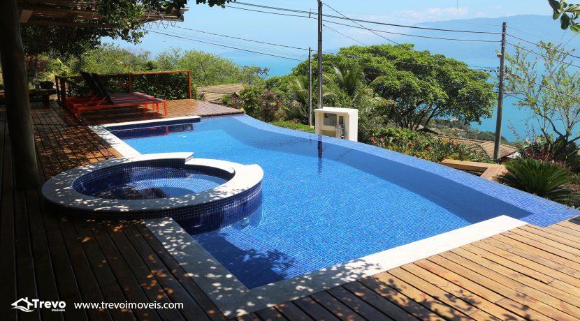 Casa-muito--charmosa-a-venda-em-Ilhabela-em-condomínio-de- luxo10