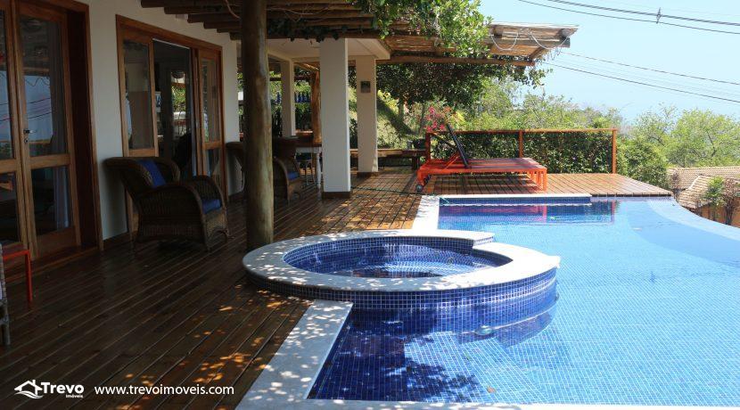 Casa-muito--charmosa-a-venda-em-Ilhabela-em-condomínio-de- luxo11