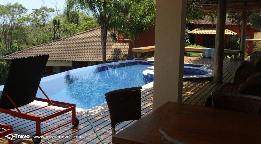 Casa-muito--charmosa-a-venda-em-Ilhabela-em-condomínio-de- luxo16