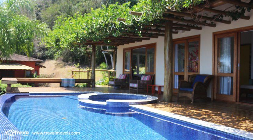 Casa-muito--charmosa-a-venda-em-Ilhabela-em-condomínio-de- luxo18