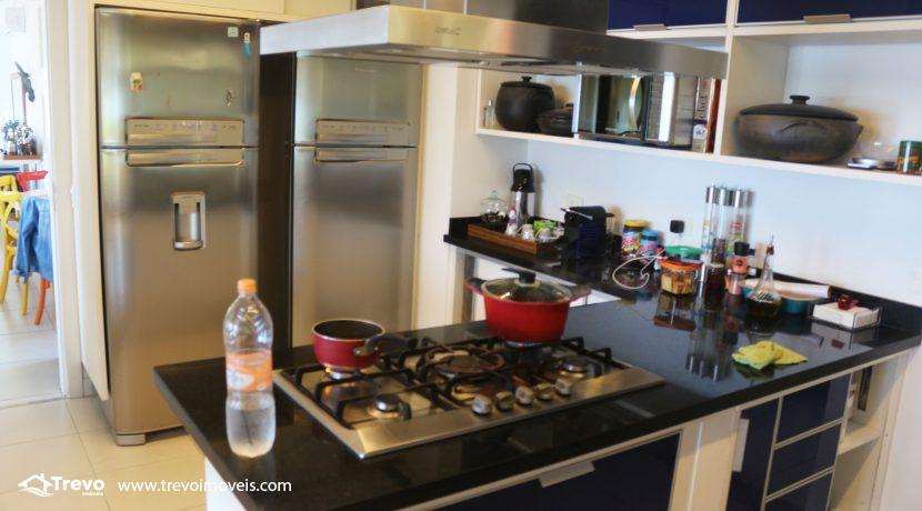 Casa-muito--charmosa-a-venda-em-Ilhabela-em-condomínio-de- luxo28