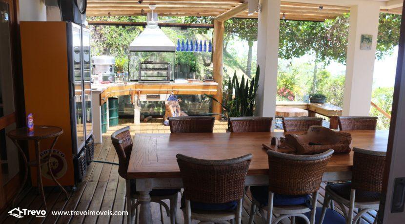 Casa-muito--charmosa-a-venda-em-Ilhabela-em-condomínio-de- luxo41