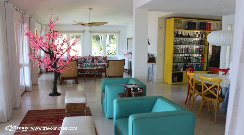 Casa-muito--charmosa-a-venda-em-Ilhabela-em-condomínio-de- luxo5