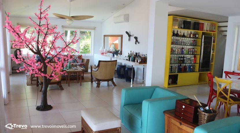 Casa-muito--charmosa-a-venda-em-Ilhabela-em-condomínio-de- luxo7