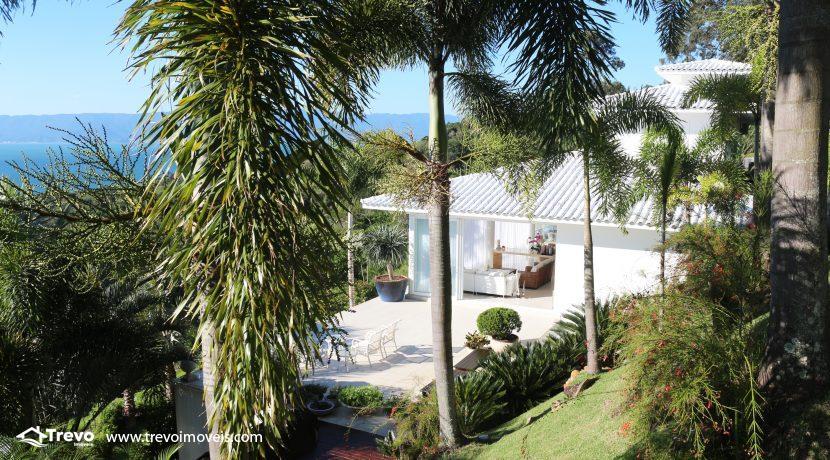 Casa-de-luxo-com-vista-para-o-mar-a-venda-em-Ilhabela26