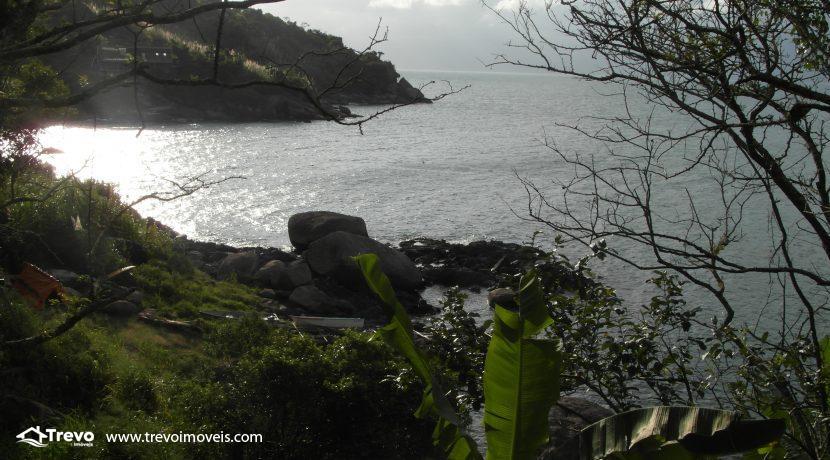 Lindo-terreno-para-incorporação-em-Ilhabela18