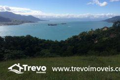 Terreno-a-venda-com-linda-vista-para-o mar-em-Ilhabela